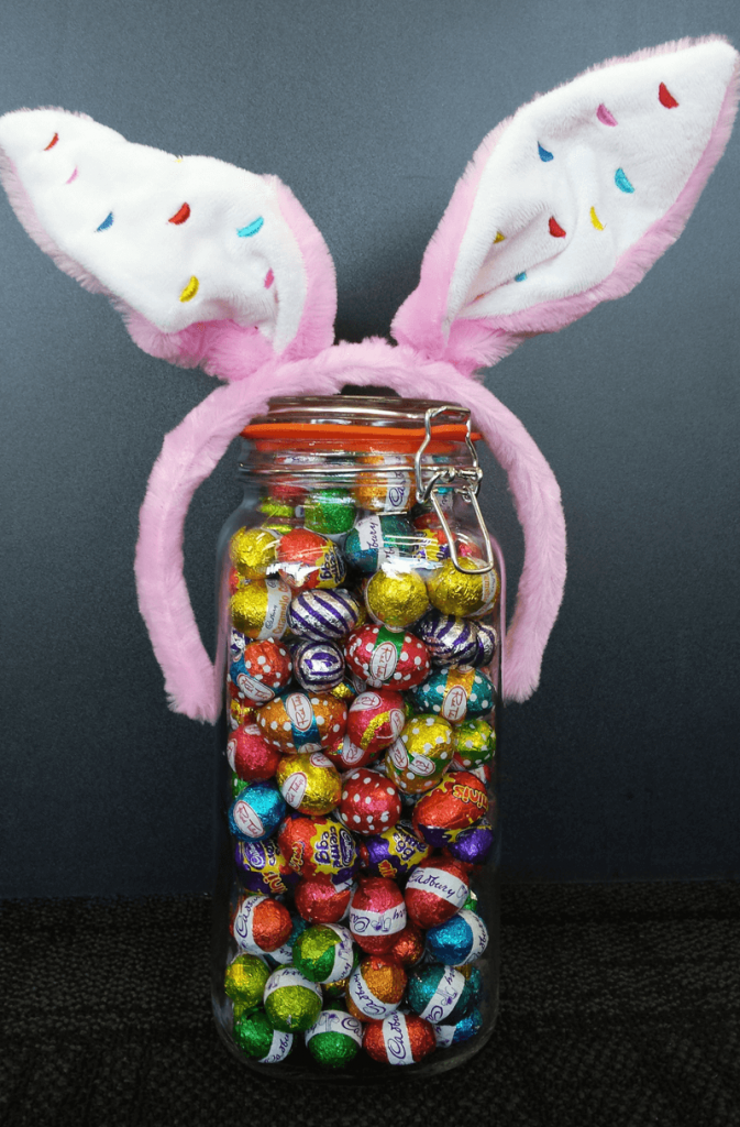 20 Fun Examples of Non-Traditional Easter Promotions - Count the Eggs Contest from Speller International